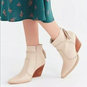 Anthropologie Jeffrey Campbell Beowulf Ankle Boot